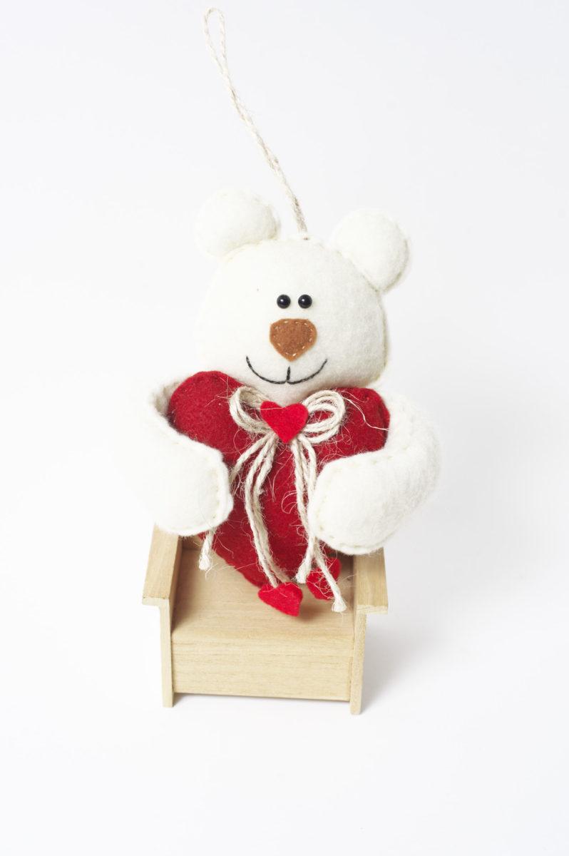 Мишка с сердечком подвеска